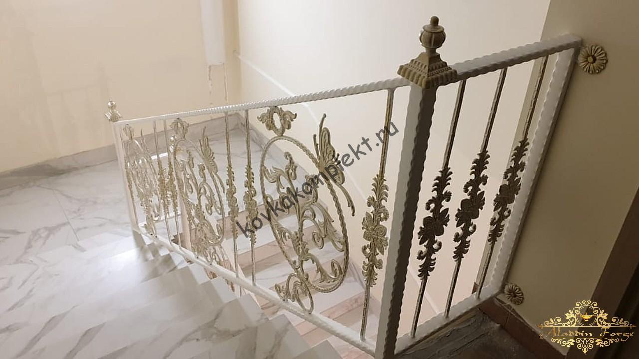 Кованые ограждения (лестница17)