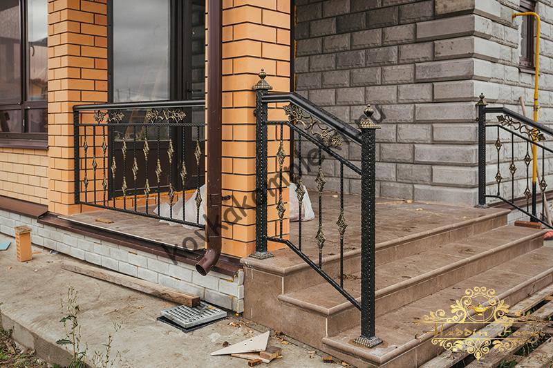 Кованые ограждения (лестница)